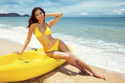 Nguyễn Thị Loan diện bikini nóng bỏng